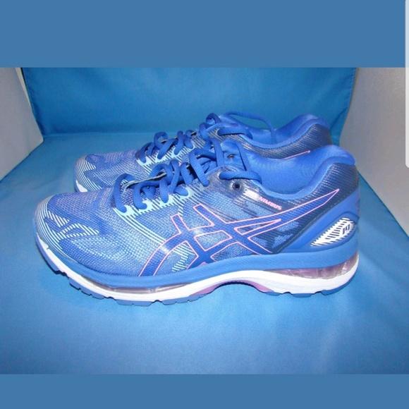 Women's Asics Gel Nimbus 19 Shoes 7.5 Blue